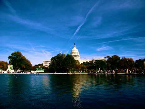 Capitol Building by Jitterbugie