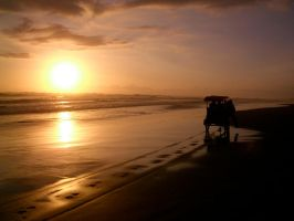 Sunset at Parang Tritis by indonesia