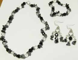 Obsidian snowflake jewelry set by AnaInTheStars