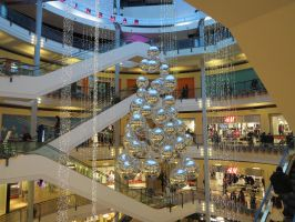 Malls in Christmas by Catchmewithyourlips