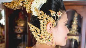A Thai dancer head by zerosource