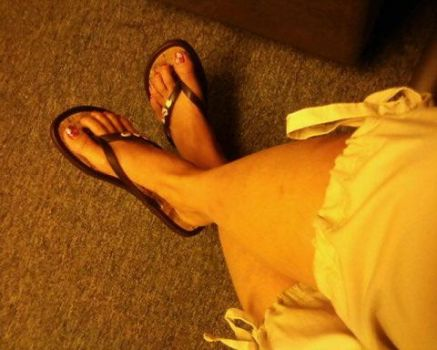 slippers by Arecii
