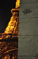 Space Invader at the Tour Eiffel by Aar-n113