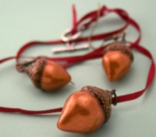 golden copper acorn set by amberhlynn