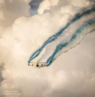Biplane coming towards! by hmcindie