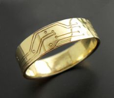 18K gold circuit board ring by thebluekraken