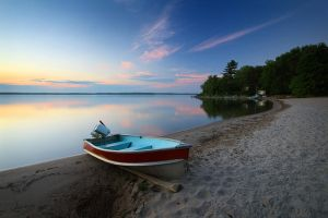 Sand Beach at Richards Landing by tfavretto
