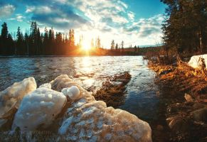 Last ice on the spring river by Dipsiwow