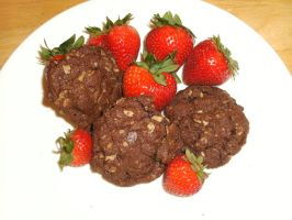 cookies and strawberries by oh-2BEaTOA