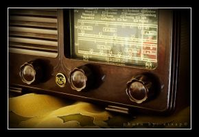 Old Radio by etsap