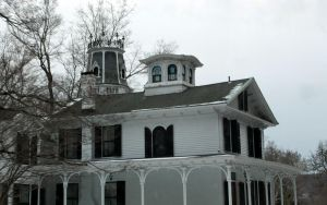 Haddam's Victorian House IV by Maeve09