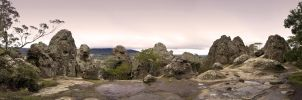 Hanging Rock - Panorama by fazz1977