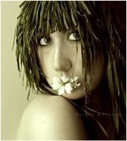 The Grass Woman II :. by estellamestella