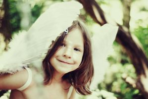 Angel's smile by monikha