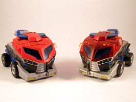 Animated optimus comparison (Vehicle mode) by scoobsterinc