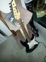 my new guitar by gtaiscool991