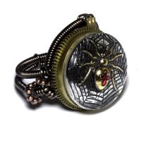 Steampunk Ring - Silver tone and golden spider by CatherinetteRings