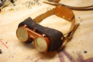Basket Weave goggles closed by Bluebenu