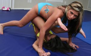 Tara vs Sumiko # 2 by sleeperkid