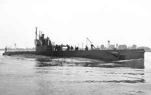 USS S-44 by tr4br