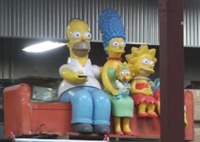 Simpson Family watched the show from the sideline by trivto