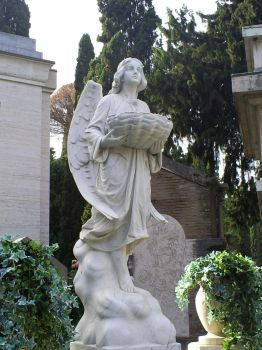 Statue of Verano Cementery-Rom by brokenwings34