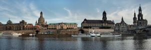 Dresden Panorama by cheyrek