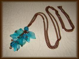 Turquoise leaf long necklace by jasmin7