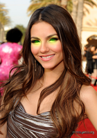 Victoria Justice Hypnotized Again by 867564