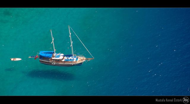 Flying Yacht by MKO