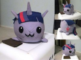Twilight Sparkle Plushie by whiteraven1717