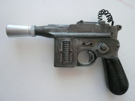 Star Wars Imperial blaster by haylents
