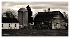 Old Homestead by erbphotography