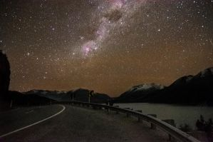 Night in Queenstown by andreicd