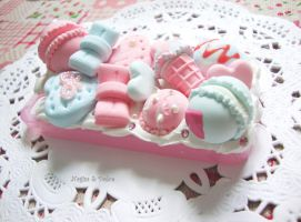 Decoden case: Cotton Candy-Flavoured Desserts (3) by NagisaAndDolce