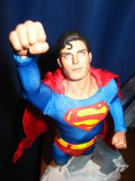Hot Toys Christopher Reeve- Superman by Stratolily