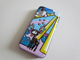 painted cell phone by redgooseberries