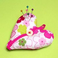 heart pincushion by nandiamond