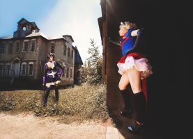 Supergirl vs Huntress by AnnaProvidence