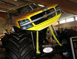 Monster truck by xMandy92x