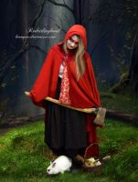 RedRidingHood by LVAMPAR