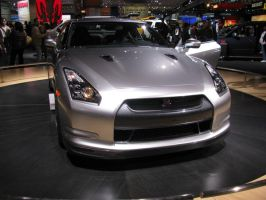 Nissan GT-R-Front- by IchibanWolf