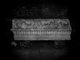 Sarcophagus funeral by Landskapers