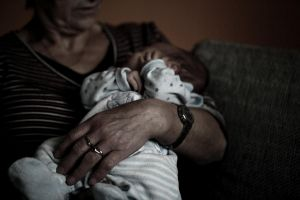 Canon 5D - A dark photo with a baby by MilanVopalensky