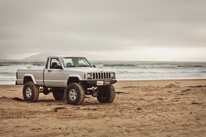 Prime the Jeep Comanche by KateIndeed
