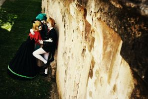 Vocaloid - Sadistic twins and hostage by AliciaMigueles
