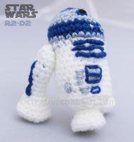 R2-D2 Crochet by bicyclegasoline