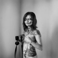 BODYPAINTED PHOTOGRAPHER I by ernestog2