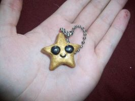 Golden Star keychain by blackiceheart