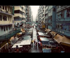 a rainy day at mong kok by Fersy